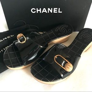 NWT Chanel Patent Leather Mule w/Wooden Heel